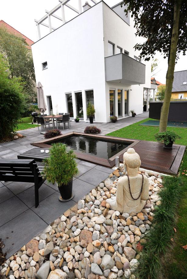 Gartengestaltung mit holzterrasse for Wohndesign leipzig