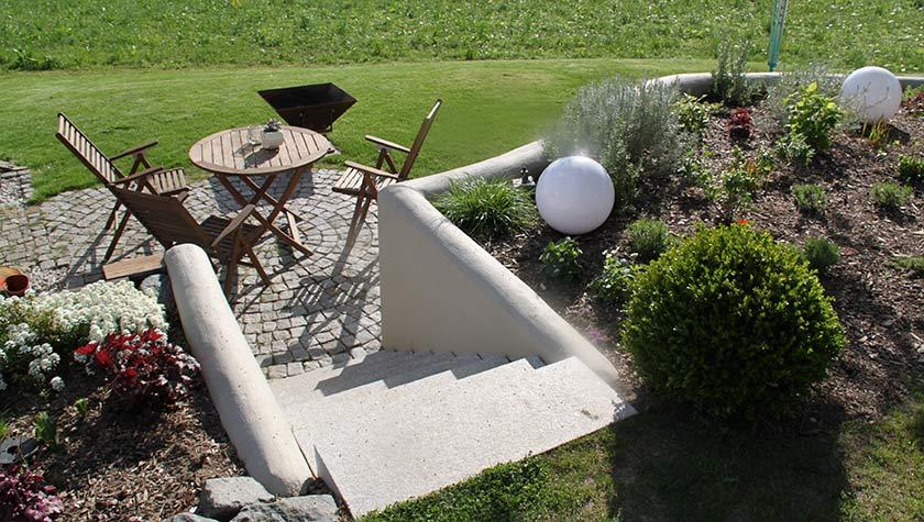 Gartengestaltung Steintreppe