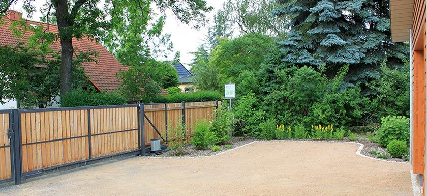 Zaunbau Aus Gabionen Metallund Holz Bethke Garten Und Landschaft